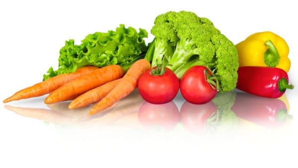 foods that are good for dogs - Vegetables including tomatoes, carrots, broccoli and peppers